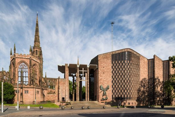Sir Basil Spence: Catedral de St. Michaels (1951)